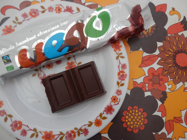 Vego vegan hazelnut chocolate bar.  What do vegans eat at Christmas?  Seasonal vegan treats and snack ideas.  secondhandsusie.blogspot.co.uk #veganblogger #ukvegan #vegan