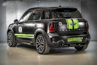 Mini John Cooper Works Countryman All4 Dakar Winner 2013 (2013) Rear Side