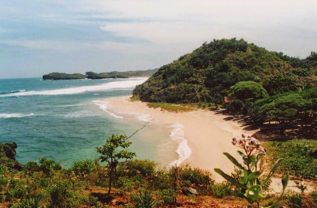 Serunya Offroad Di Pantai Ngandong Gunungkidul