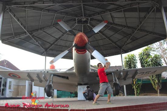 foto dengan pesawat ada dimana di semarang