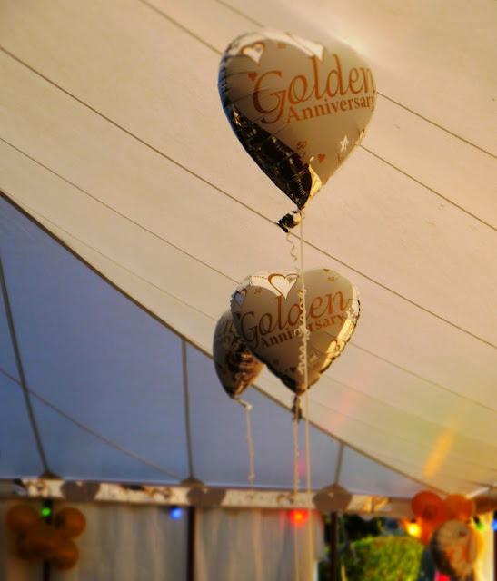 Golden anniversary balloons