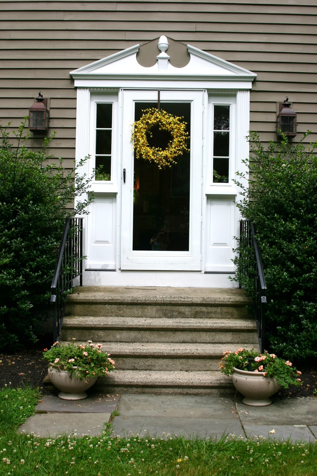 A Front Door Refresh And One Of My Favorite Tools Shine Your Light