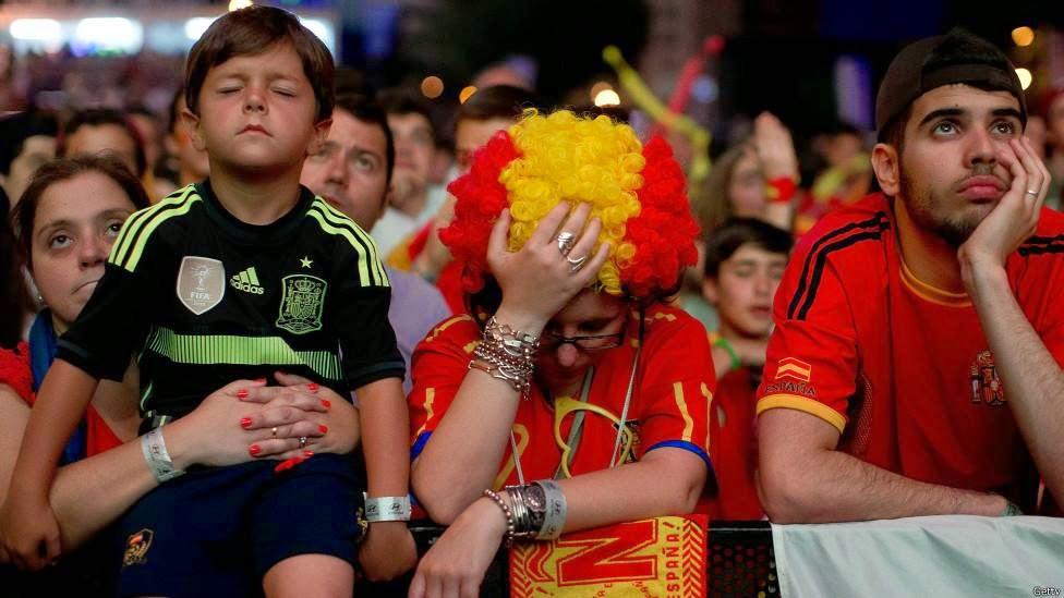 Ketika Supporter Sang Juara, Spanyol Bersedih