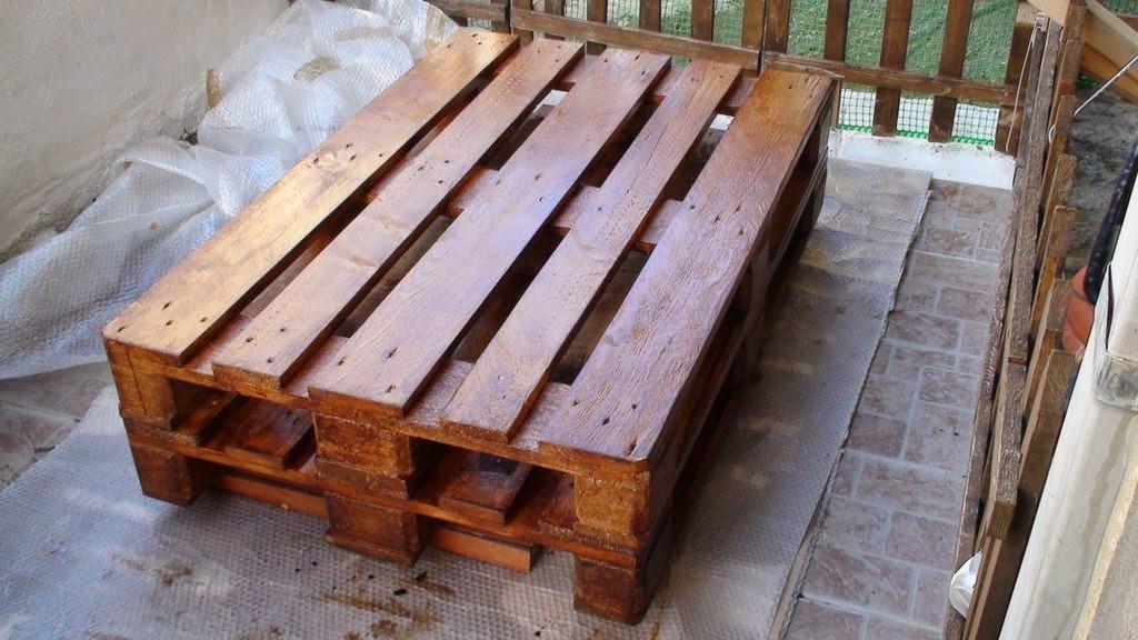 Comedor con palets de madera - Como hacer una mesa de comedor ...