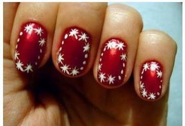 Uñas rojas con borde blanco