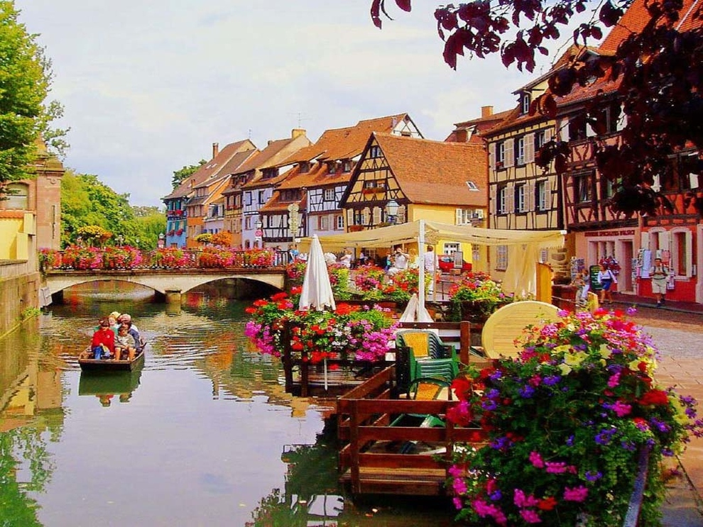 Lush fab glam blogazine ten incredibly beautiful places for Colmar pictures