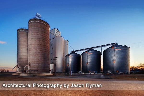 IMAGE: http://1.bp.blogspot.com/-iA2f0UE66eM/TxpLVFJyvfI/AAAAAAAAAGo/baIZaB1MeYk/s1600/Architectural-Photography.jpg