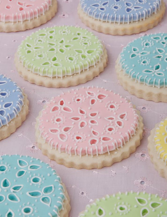 Rose Molds Cake Decorating
