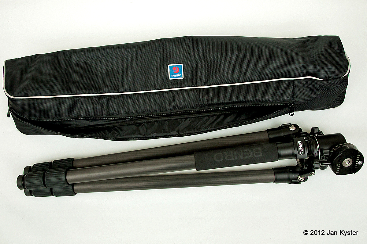 Benro C3770T CF Tripod + B-3 + PC-1 folded alongside carrying bag