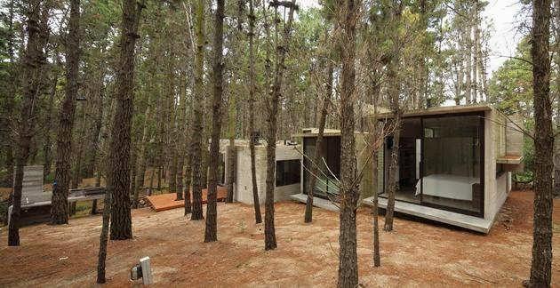 TOP 7 UNIQUE HOUSE DESIGN: ARGENTINIAN MARITIME WOODS OF MAR AZUL CONCRETE HOUSE  DESIGN IN