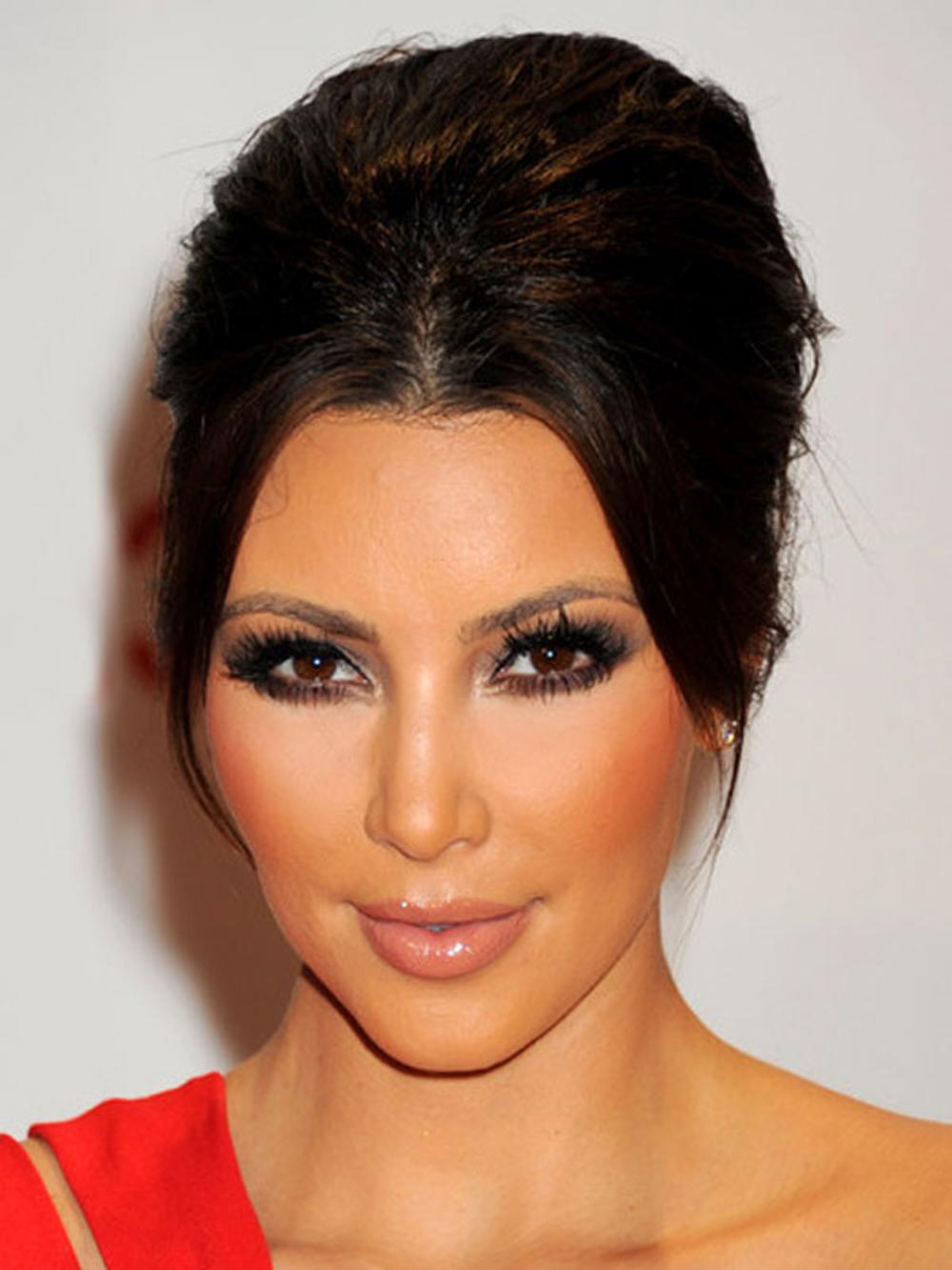Kim Kardashian Updo Hairstyles 08