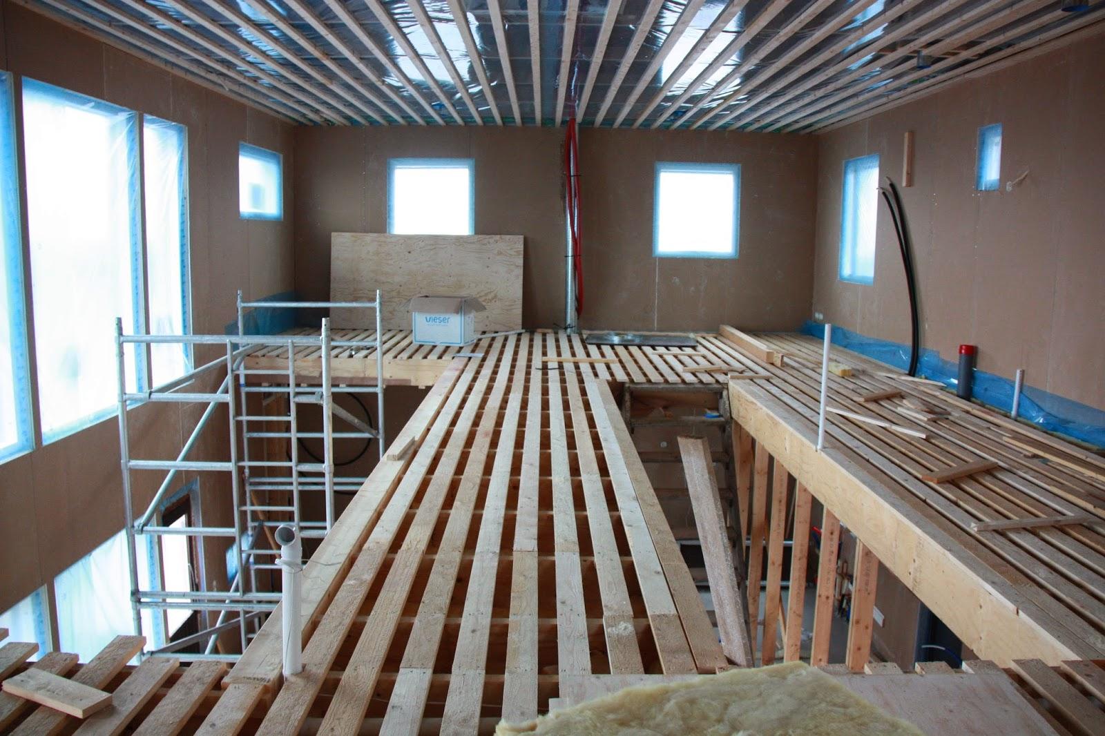 Puuta ja kiveä -raksablogin lastenhuoneet yläkerrassa.