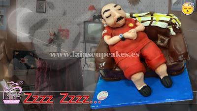 Tarta fondant siesta sofá Laia's Cupcakes Puerto Sagunto