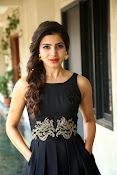 Samantha glam pics in black-thumbnail-6