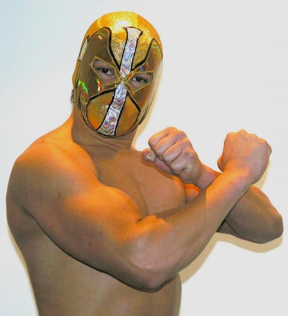 CMLL Luchador Angel de Oro