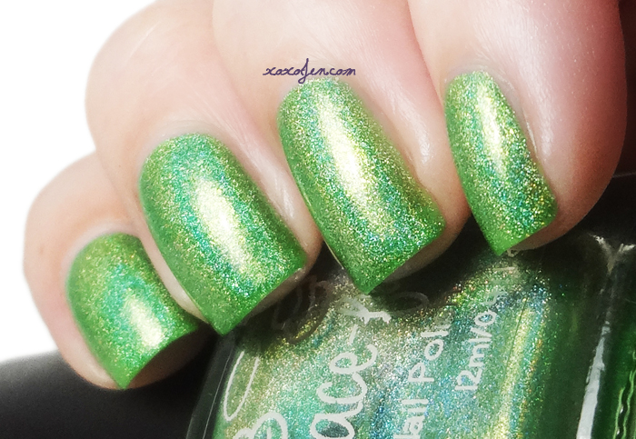 xoxoJen's swatch of Gracefull Lime Splash