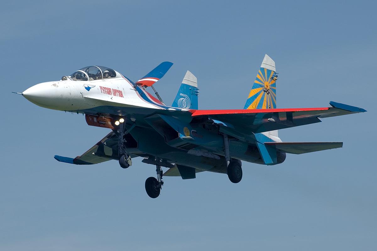 http://1.bp.blogspot.com/-iBD7CEkCtS4/TxxFsBxqjwI/AAAAAAAAB4A/dvMJ1kiQpt0/s1600/Sukhoi+Su-27+Wallpaper.jpg
