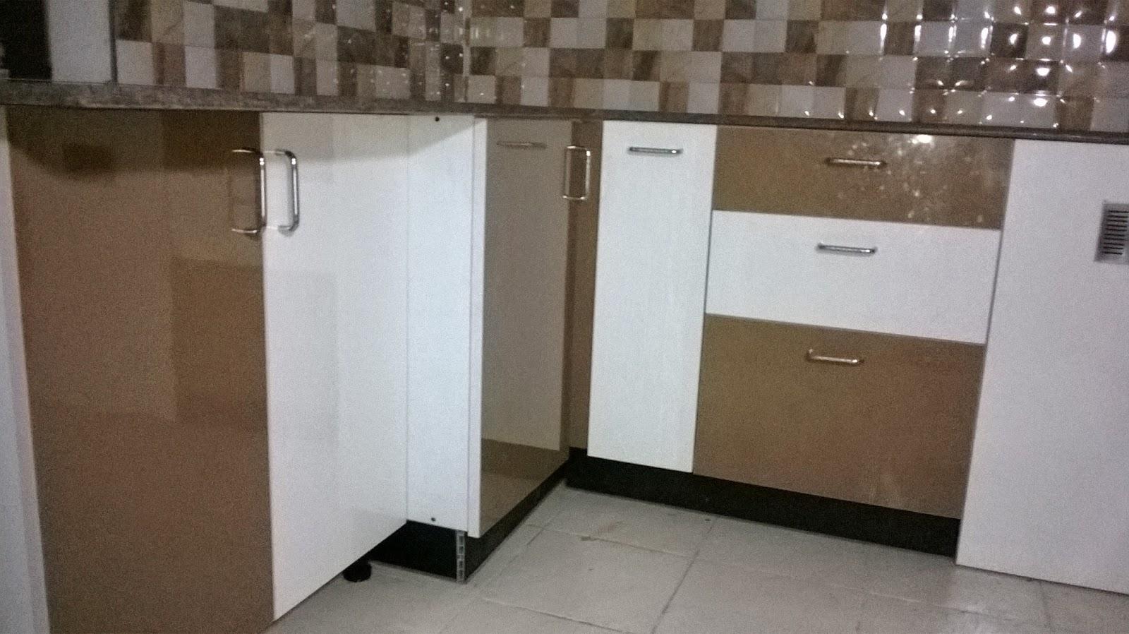 Wardrobe laminate color combinations for Kitchen wardrobe colours