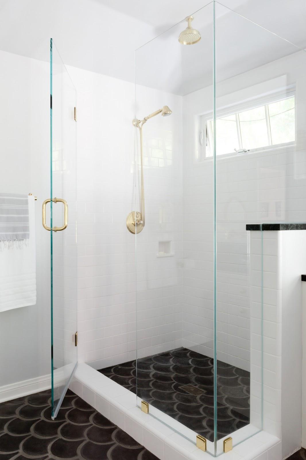 Rosa Beltran Design Deluxe Double Bathroom Remodel