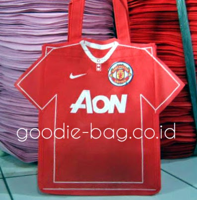 Goodie Bag Ultah Manchester United