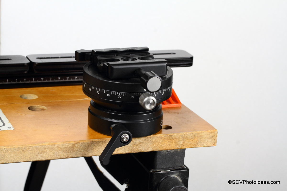 Sunwayfoto DYH-90R bolted on workbench