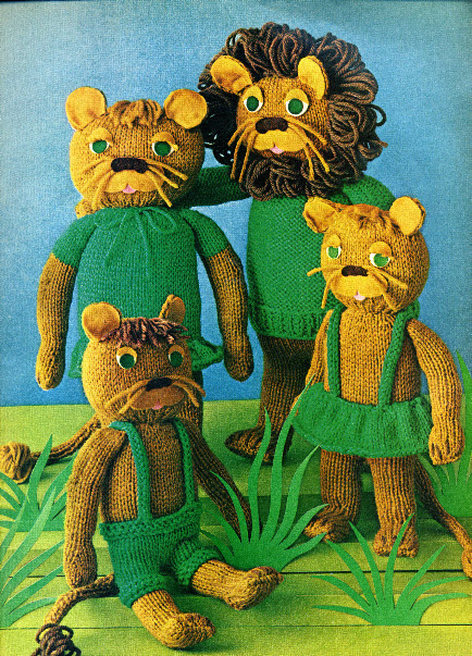 Knitted Lion Pattern : The Vintage Pattern Files: 1960s Knitting - Pride of Lions