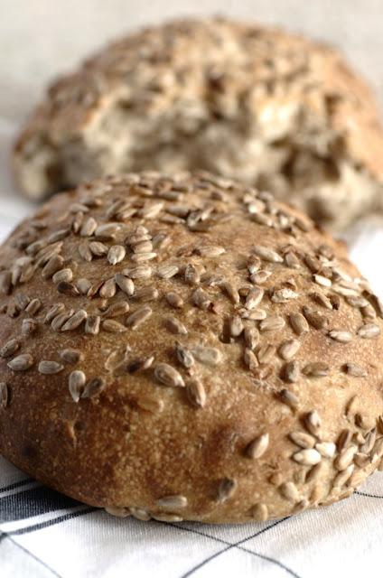 Pane di semi di girasole e segala