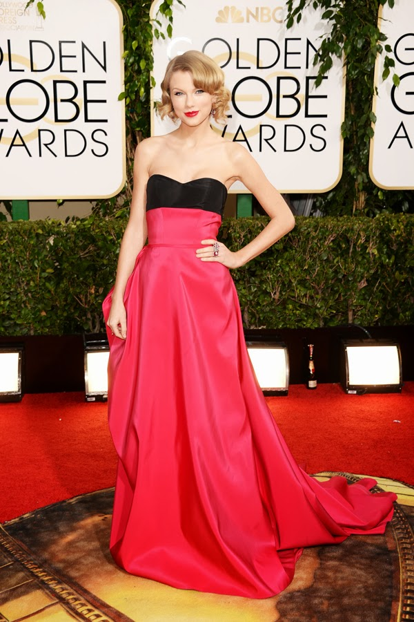 2014 Golden Globes Taylor Swift in Carolina Herrera