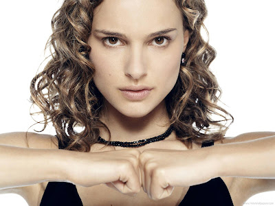Actress Natalie Portman Wallpaper-412-1600x1200