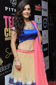 Isha talwar latest glam pics-thumbnail-11
