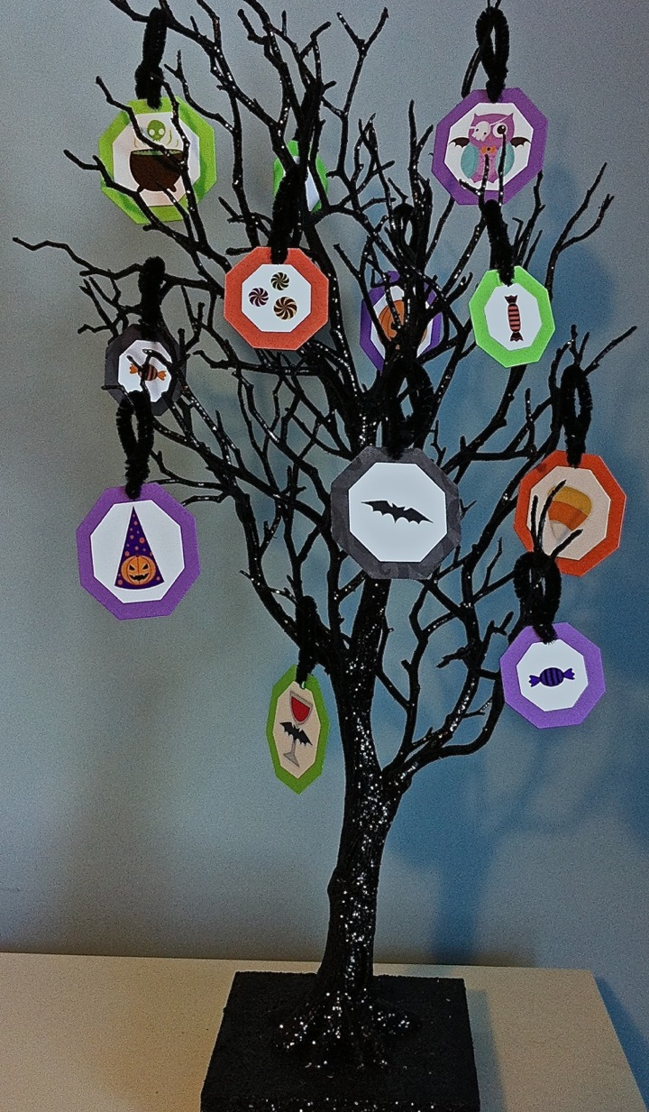 Halloween tree ornaments - I Made Some Halloween Ornaments For My Halloween Tree Using Ead Designs Stickerz Below Is A Picture Of The Tree And Some Of The Ornaments