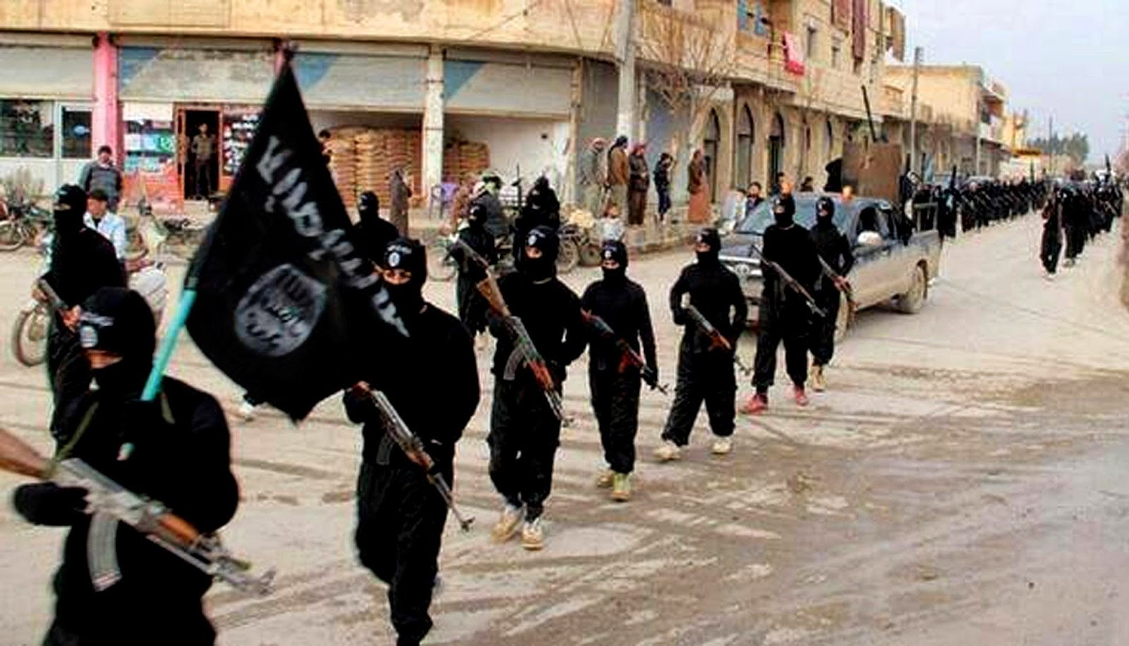 ISIL terrorists parading