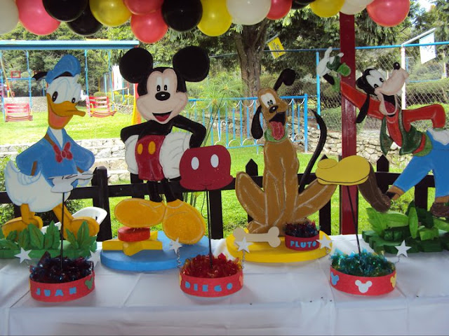 Mariale eventos la casa de mickey mouse for Decoracion la casa de mickey mouse