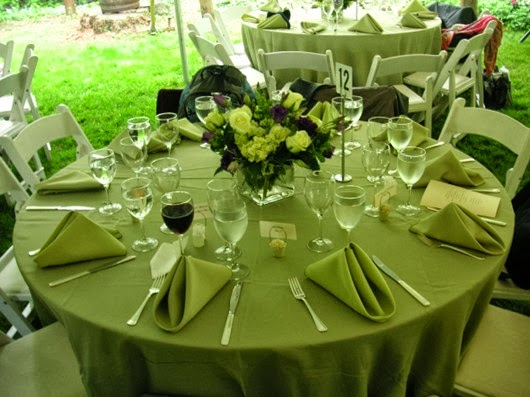 wedding table settings green