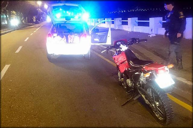 Guarda de Aracaju apreende menores pilotando motocicleta roubada