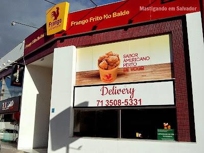 Frango Americano: Fachada da loja de Lauro de Freitas