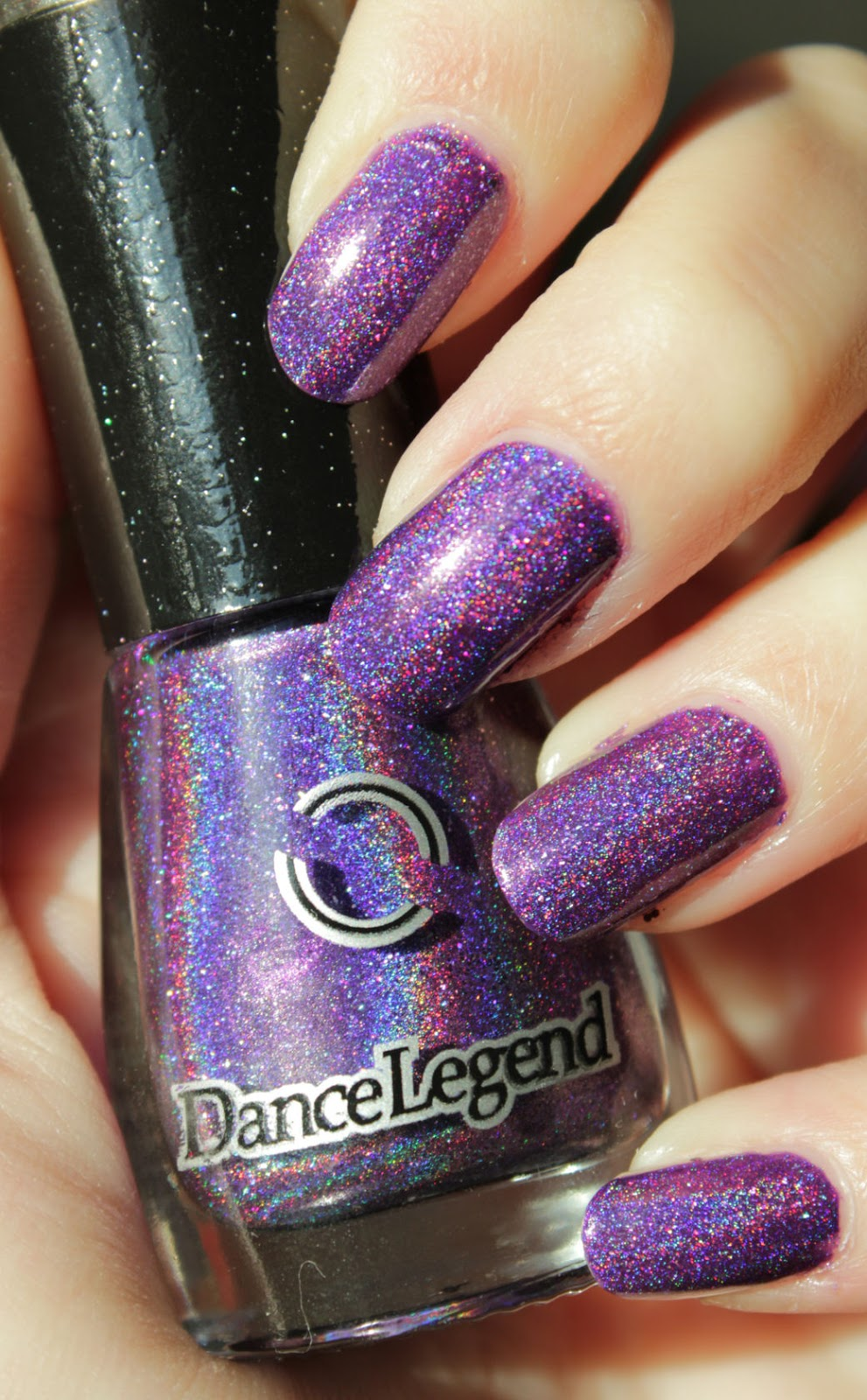 http://lacquediction.blogspot.de/2015/01/dance-legend-holodays-collection-851.html