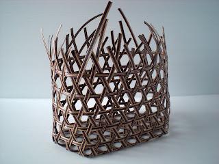 和風を楽しむエコクラフト かごとかご雑貨 P18 麻の葉編みの楕円のかご2