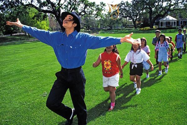 Rancho Neverland de Michael Jackson se coloca a la venta por 100 millones de dólares.