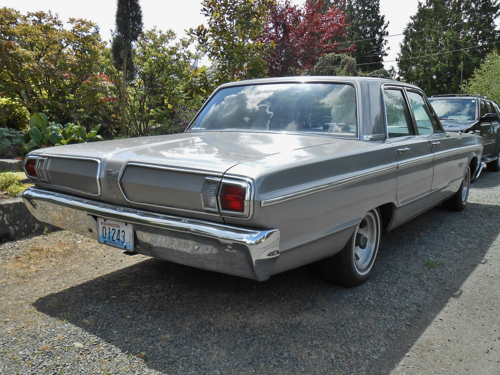 seattle 39 s parked cars 1966 plymouth fury ii. Black Bedroom Furniture Sets. Home Design Ideas