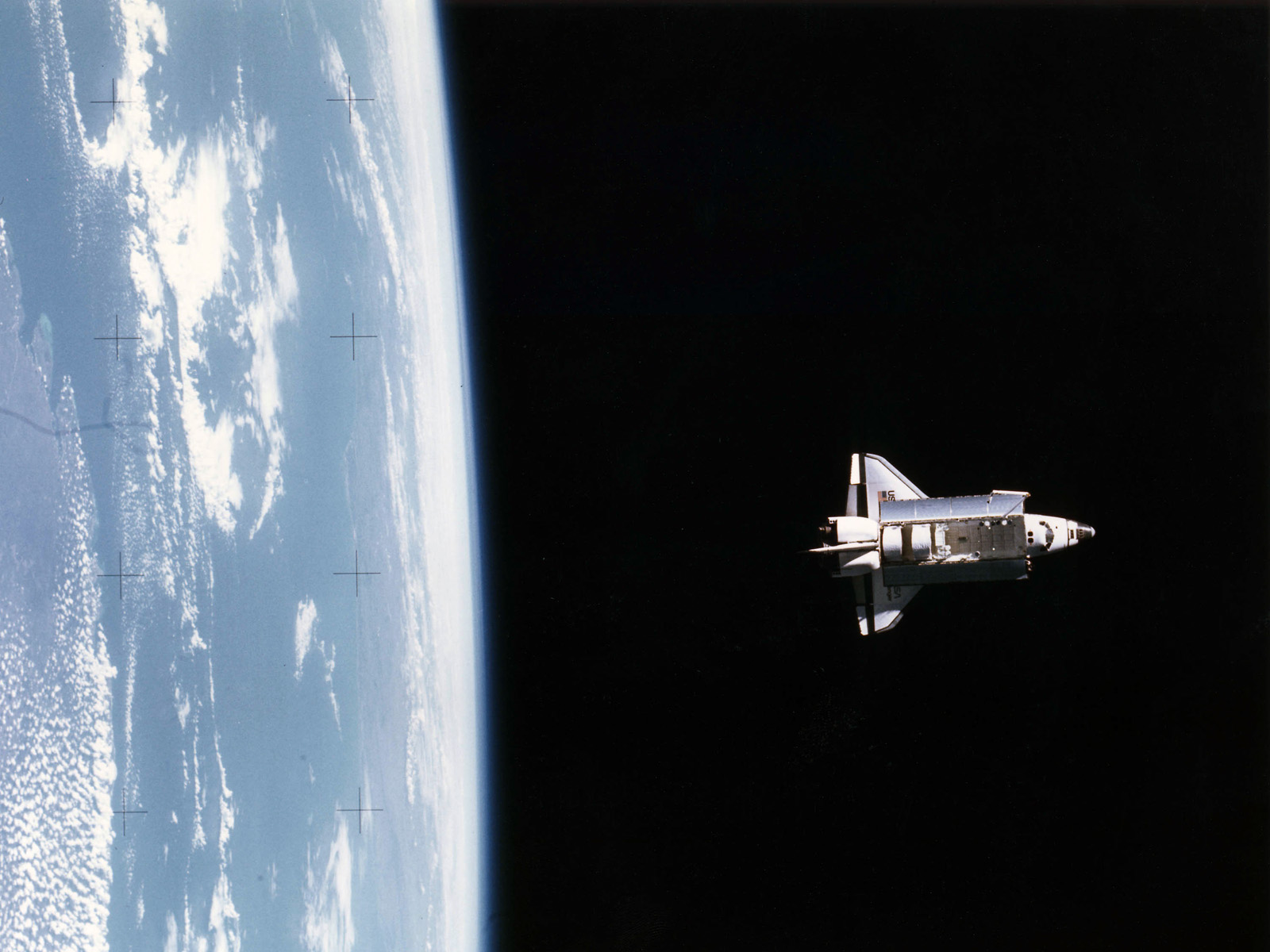 hd space shuttle in space - photo #2