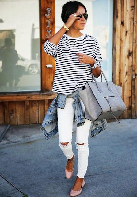 Looks estilo minimalista e descontraído, calças de ganga e t-shirt