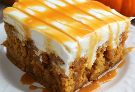 Pumpkin Caramel Cream Cheese Poke Cake Recipe