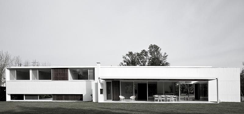 Horizontalidad arquitectu00f3nica en Buenos Aires, por Estudio BaBO