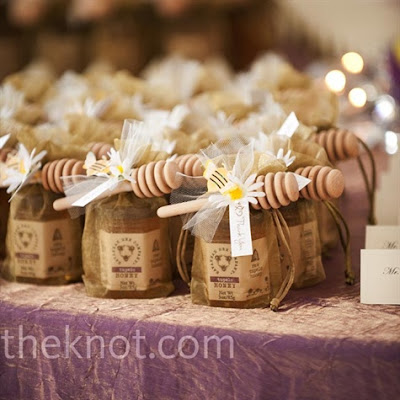 Wedding Favor Kits on Savannah Bee Honey Wedding Favors