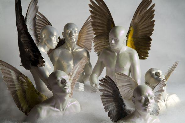Ângela Lergo esculturas e instalações de arte surreais oníricas Retrato da eternidade