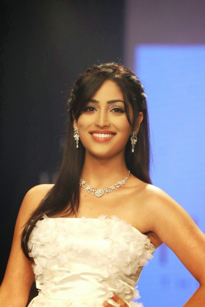 Yami Gautam at India International Jewellery Week (IIJW)-2014