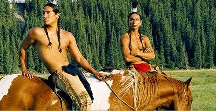Artículo sobre: Into the West (2005)