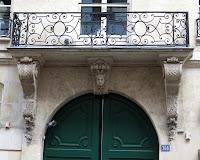 Balcon du 368 rue Saint-Honoré à Paris