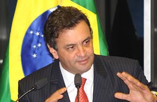 Aécio Neves – líder da oposição: as maquiagens da presidente Dilma